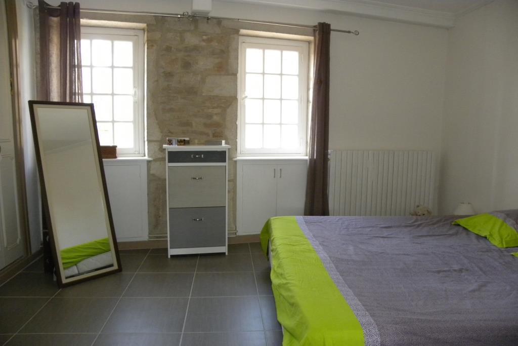 vente maison vigneronne renovee cabinet immobilier echinard 10170. Black Bedroom Furniture Sets. Home Design Ideas